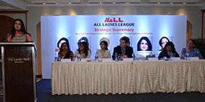 Harbeen-Arora-and-Richard-and-Poonam-Dhillon-Mumbai-Event